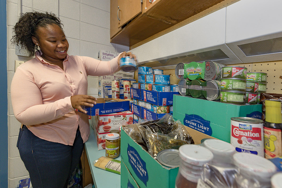 Lauryn, a senior at Lakewood High School and student leader on the Health Squad helped start the school's food pantry. The food pantry is a collaboration between the school, Johns Hopkins All Children's Hospital and Feeding Tampa Bay.